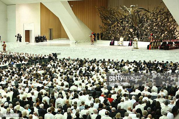 Pope Francis attends an audience with Knights of Holy Sepulchre from all over the world at the Paul VI Hall on September 13 2013 in Vatican City...