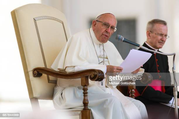 Pope Francis attends his general audience in StPeter's Square on May 24 2017 in Vatican City Vatican