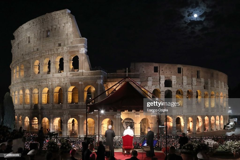 ITA: Pope Leads The Stations Of The Cross At The Colosseum