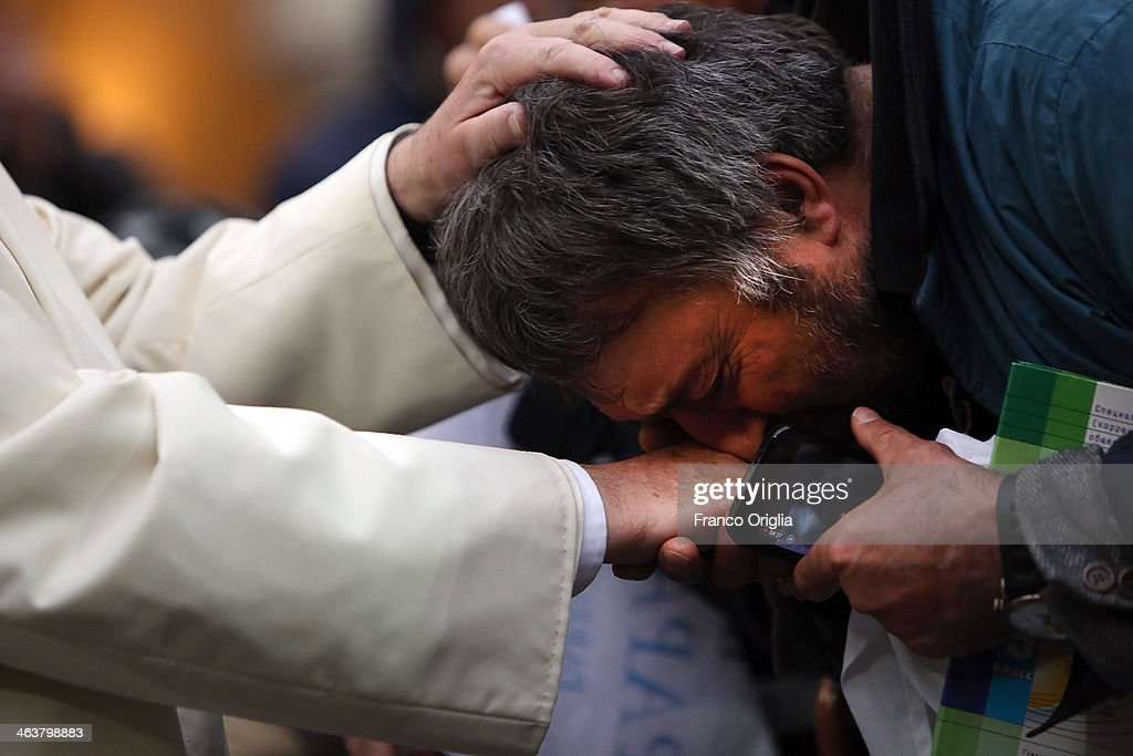 Pope Francis Visits Roman Parish of Sacro Cuore di Gesu' : News Photo