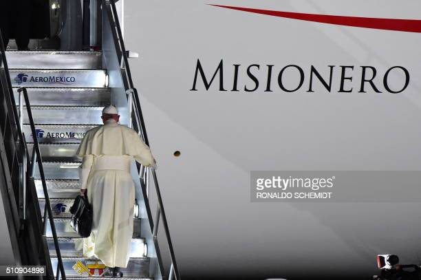Pope Francis boards a plane for Rome at the airport in Ciudad Juarez Chihuahua state Mexico on February 17 2016 Throngs gathered at Mexico's border...