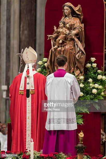 S BASILICA VATICAN CITY VATICAN Pope Francis celebrates the Holy Mass with the imposition of the Pallium upon the new Metropolitan Archbishops during...