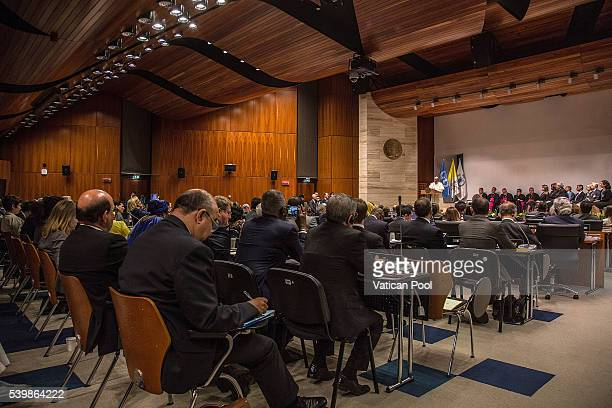 42 Pope Francis Visits The United Nations World Food Programme Photos And Premium High Res Pictures Getty Images