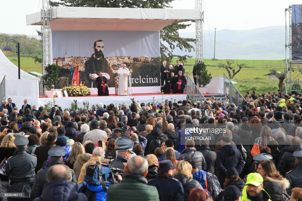 Pope Francis during his visit in the birthplace of Padre Pio... : News Photo