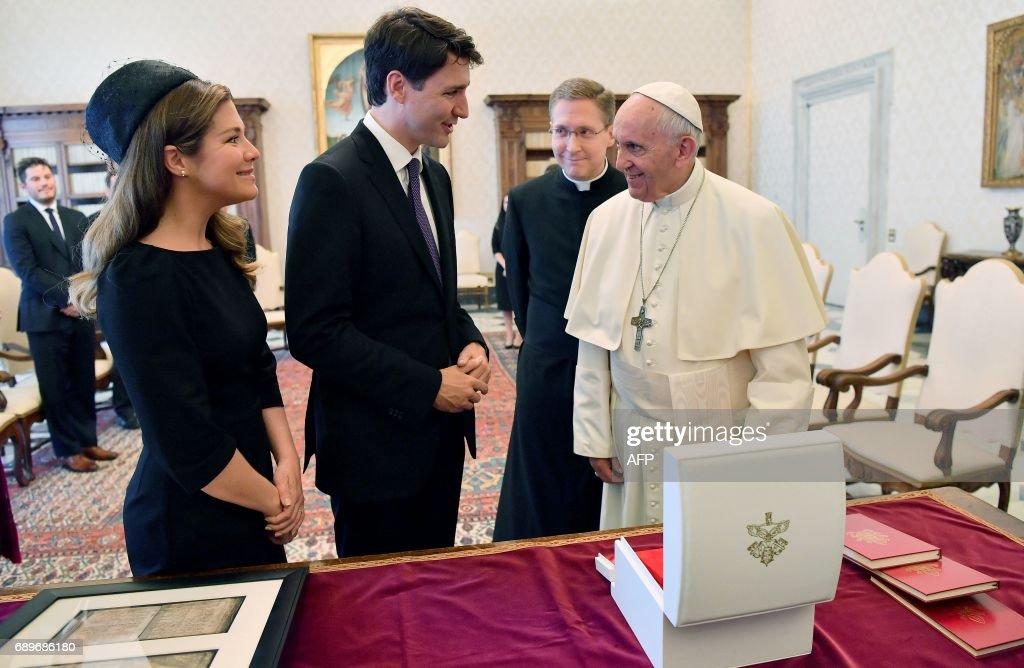 VATICAN-CANADA-POPE-TRUDEAU : News Photo