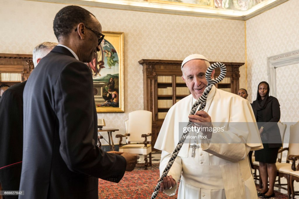 Pope Francis exchanges gifts with President of Ruanda Paul Kagame during an audience at the Apostrolic Palace on March 20, 2017 in Vatican City, Vatican. A statement from Greg Burke, the Director of the Holy See Press Office, has confirmed that Pope Francis will visit Egypt at the end of April.