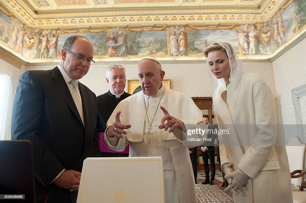 Pope Francis exchanges gifts with Prince Albert II of Monaco, Princess Charlene of Monaco and their delegation during at the Apostolic Palace on January 18, 2016 in Vatican City, Vatican.