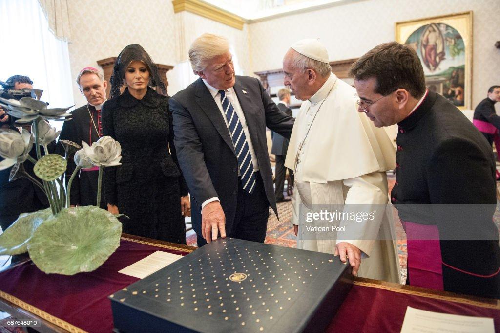 Pope Francis Meets USA President Donald Trump : News Photo