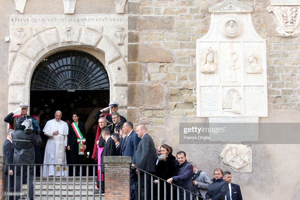ITA: Pope Francis Meets Rome's Municipality At Capitoline Hill