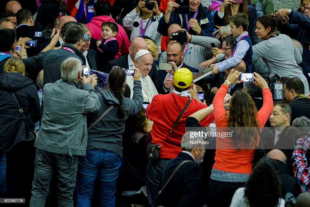 Pope Francis welcomes poor and homeless for Jubilee in Rome : News Photo