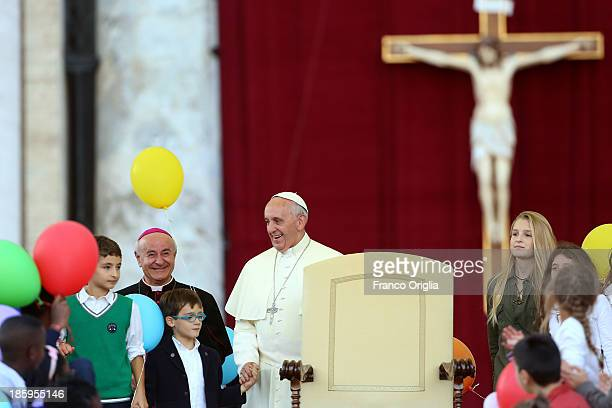 Pope Francis leads a meeting of prayer with families at St Peter's Square on October 26 2013 in Vatican City Vatican Speaking in St Peter's Square to...