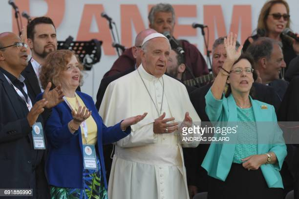Pope Francis leads a Pentecost vigil prayer on the occasion of the Golden Jubilee of the Catholic Charismatic Renewal on June 3 2017 at Circus...