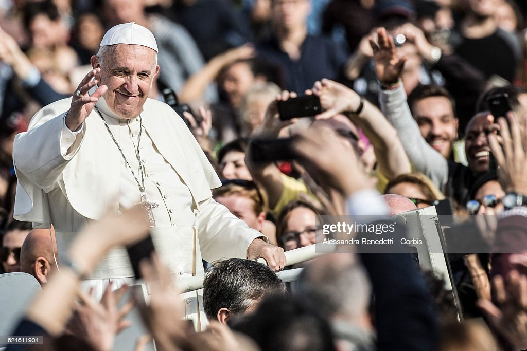 Pope Francis leads the closing mass of the Extraordinary Jubilee of Mercy, in St. Peter's Square at The Vatican on November 20, 2016 in Vatican City, Vatican. (Photo by Alessandra Benedetti - Corbis/Corbis via Getty Images).