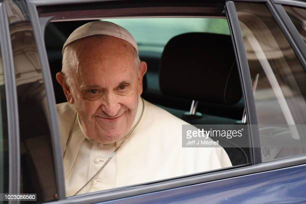Pope Francis leaves after meeting dignitaries at Dublin Castle on August 25 2018 in Dublin Ireland Pope Francis is the 266th Catholic Pope and...