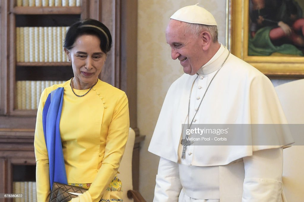Pope Francis meets Burmese State Counsellor and Foreign Minister Aung San Suu Kyi on May 4, 2017 in Vatican City, Vatican.
