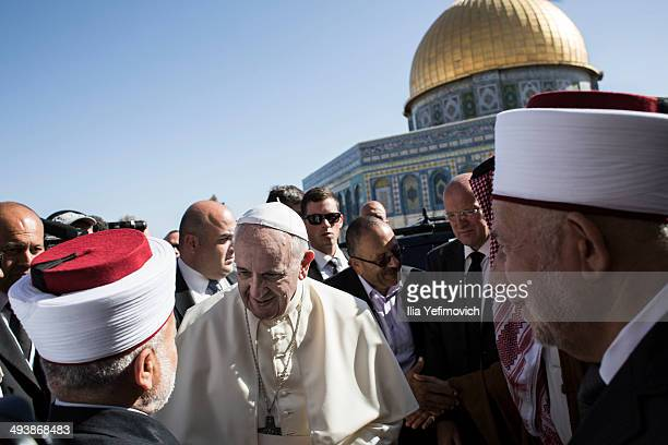 Pope Francis meets Mufti of Jerusalem Muhammad Ahmad Hussein by dome of the rock at al aqsa compound on May 26 2014 The Pontifex spent a 3 days visit...