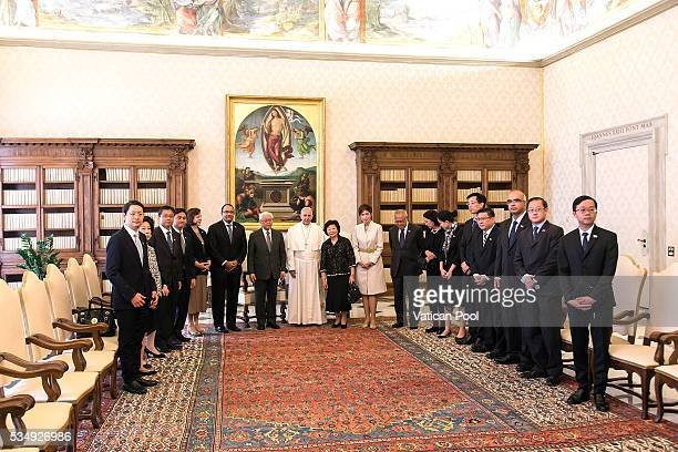 Pope Francis meets President of the Republic of Singapore Tony Tan Keng Yam and his delegation at the Apostolic Palace on May 28, 2016 in Vatican...