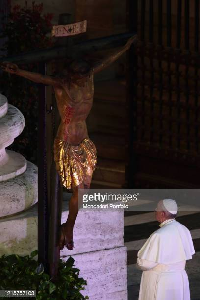 Pope Francis pays homage to the miraculous Crucifix which in 1522 was carried in procession through the streets of Rome to demand the end of the...