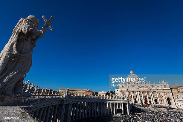 Pope Francis presides an Holy Mass for the canonization of seven new Saints in St Peter's Square in Vatican City Vatican on October 16 2016 On the...