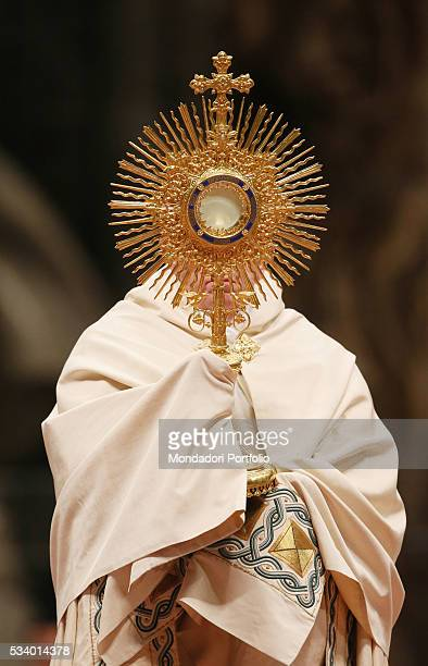 Pope Francis raising the monstrance while celebrating the Holy Mass for the First Vespers and the Te Deum to give thanks for the year at Saint...