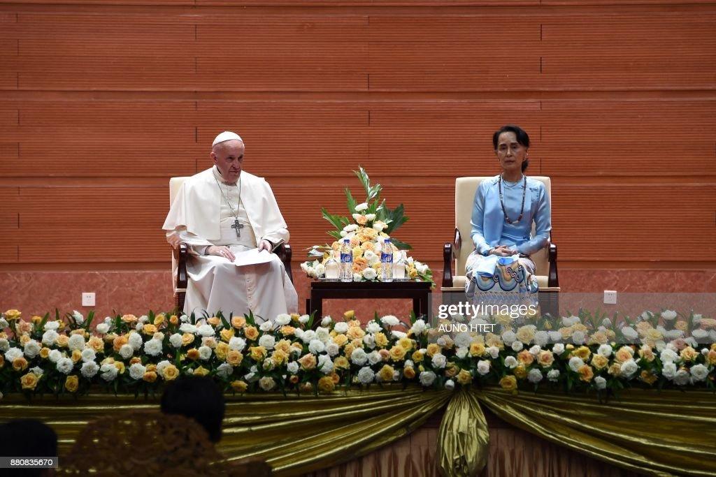 MYANMAR-VATICAN-RELIGION-POPE : News Photo
