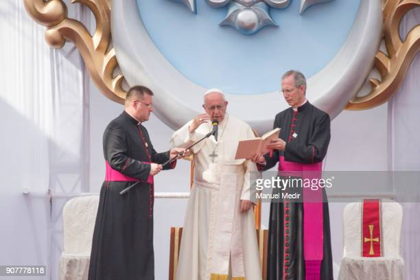 Pope Francis talks during the liturgy as part of his 4day apostolic visit to Peru on January 20 2018 in Huanchaco Peru