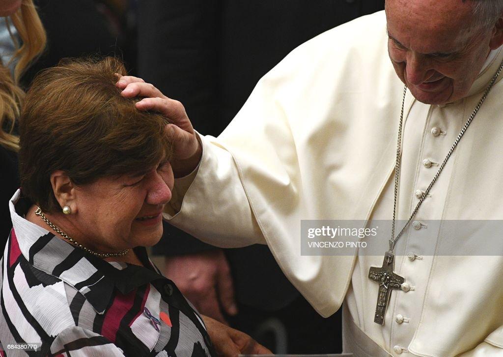 VATICAN-POPE-AUDIENCE-DISEASE : News Photo