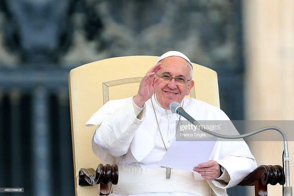 Pope Francis waves to faithful and pilgrims as he attends his weekly audience in St. Peter's Square on March 4, 2015 in Vatican City, Vatican. Speaking to the crowds gathered in St Peter's Square for the weekly General Audience the Pope continued in his series of teachings on the family, focusing this time on the role of grandparents.