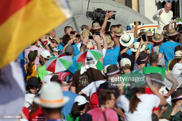 Pope Francis waves to the altar servers gathered in St PeterÕs Square for an extraordinary audience on July 31 2018 in Vatican City Vatican Over...