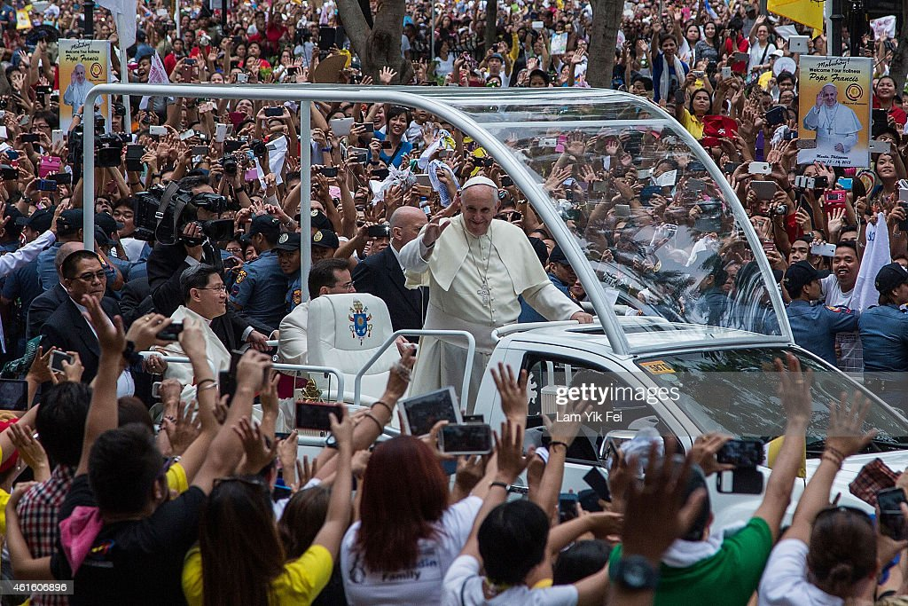 Pope Francis Holds Mass At Manila Cathedral : News Photo