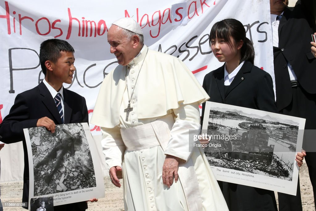 Pope Francis Attends His Weekly Audience : ニュース写真