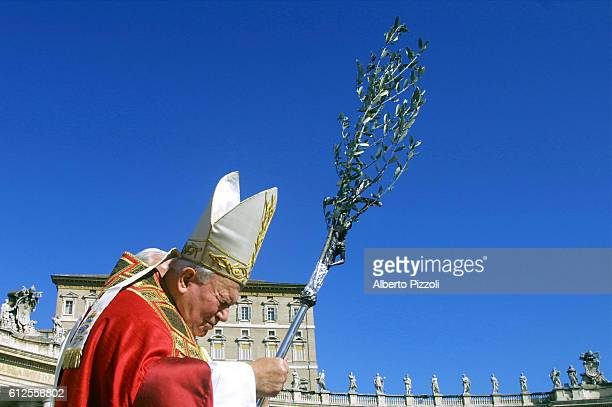 Pope Jean-Paul II celebrates Palm Sunday in St. Peter's Square, Rome.