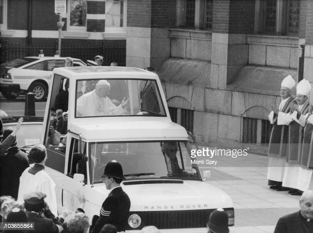 Pope John Paul II arrives at Westminster Cathedral in his modified Range Rover 'popemobile' on the first day of his visit to the UK 28th May 1982 The...