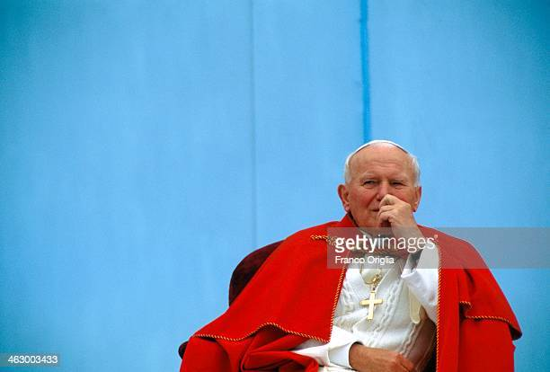 Pope John Paul II attends a meeting with the youth during his official visit to Czech Republic on May 21 1995 in Olomouc Czech Republic