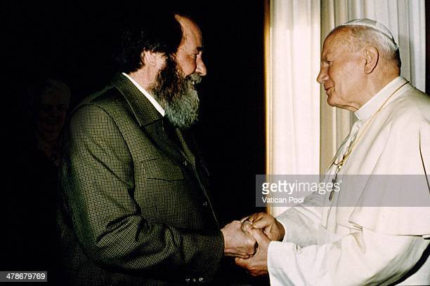 Pope John Paul II meets Alexander Solzhenitsyn at his private library in the Apostolic Palace on October 16 1993 in Vatican City Vatican