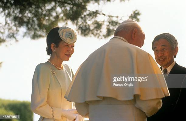 Pope John Paul II meets Emperor Akihito and Empress Michiko of Japan on the terrace of his summer residence overlooking the lake of Albano residence...
