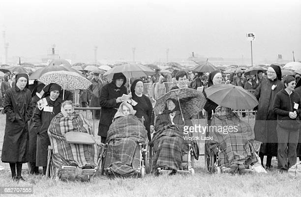 Pope John Paul II's apostolic journey to France. Holy mass in Le Bourget, on June 1st 1980. Pictured: the faithful.