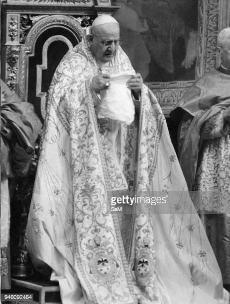 Pope John XXIII, Ioannes XXIII), born Angelo Giuseppe Roncalli 25 November 1881 _ 3 June 1963, was the head of the Roman Catholic Church from 28...