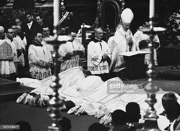 Pope John Xxiii Officiating The Ceremony Of Missionaries Beshops Oath In Saint Peter Basilica