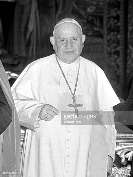 Pope John XXIII poses on March 5, 1960 in Vatican City, Vatican.