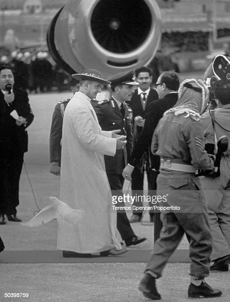 Pope Paul VI being welcomed by King Hussein