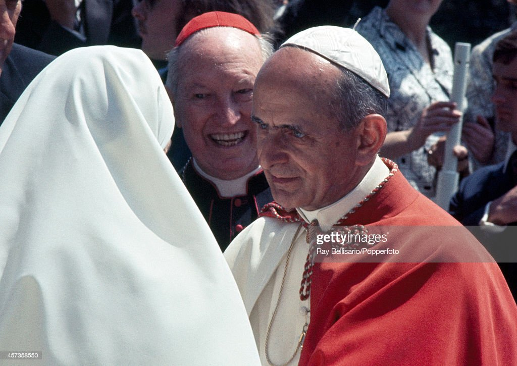Pope Paul VI (right) greeting a nun during his visit to Sydney, Australia, circa November 1970.