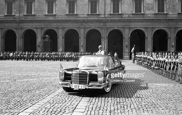 Pope Paul VI in the courtyard of Quirinal Palace in 1966