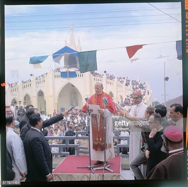 Pope Paul VI visiting the church of St Mary at Bandra