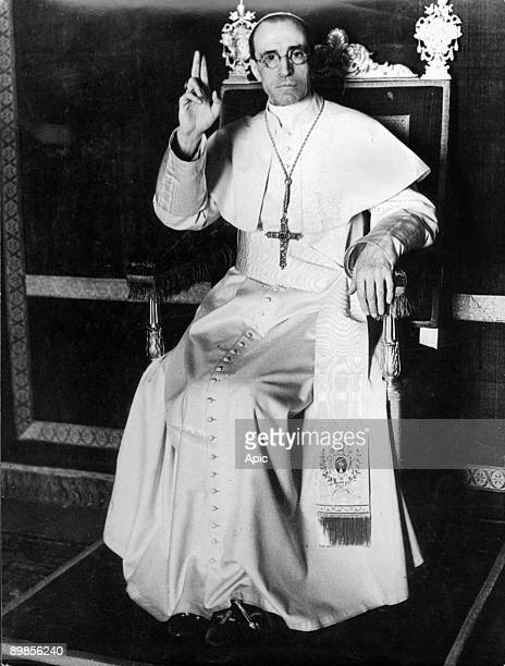 Pope Pius XII first official picture in 1939