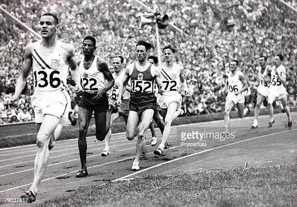 Popperfoto The Book Volume 1 Page 89 Picture 5 1948 Olympic games London England Mens 800 metres A picture of a group of atheletes rounding the bend...