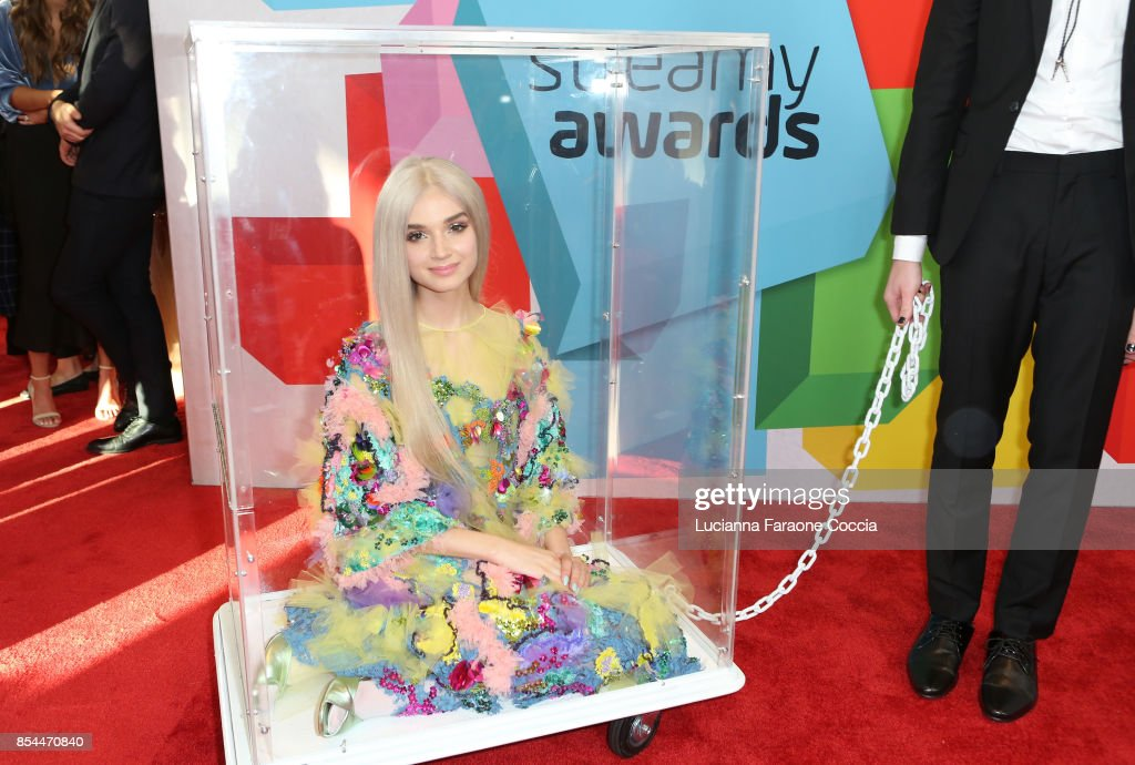 Poppy attends the 7th Annual Streamy Awards at The Beverly Hilton Hotel on September 26, 2017 in Beverly Hills, California.