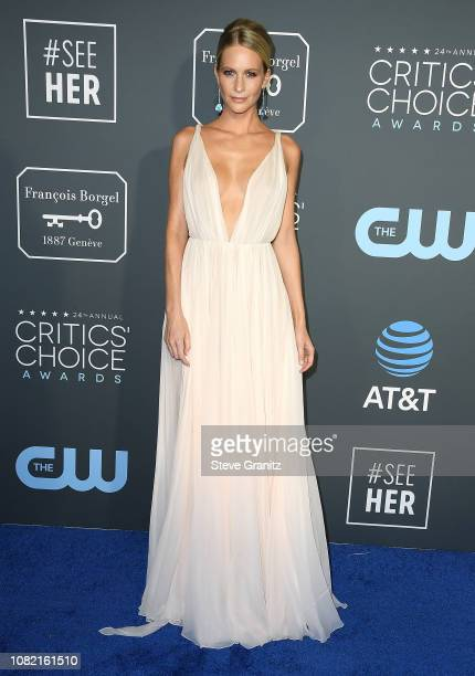 Poppy Delevingne arrives at the The 24th Annual Critics' Choice Awards attends The 24th Annual Critics' Choice Awards at Barker Hangar on January 13,...