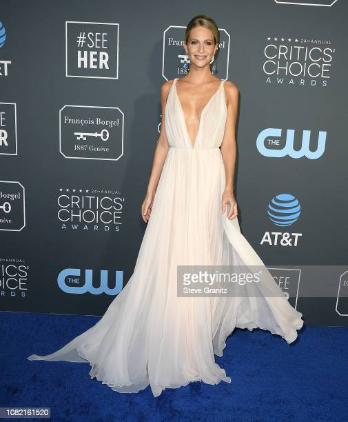 Poppy Delevingne arrives at the The 24th Annual Critics' Choice Awards attends The 24th Annual Critics' Choice Awards at Barker Hangar on January 13...