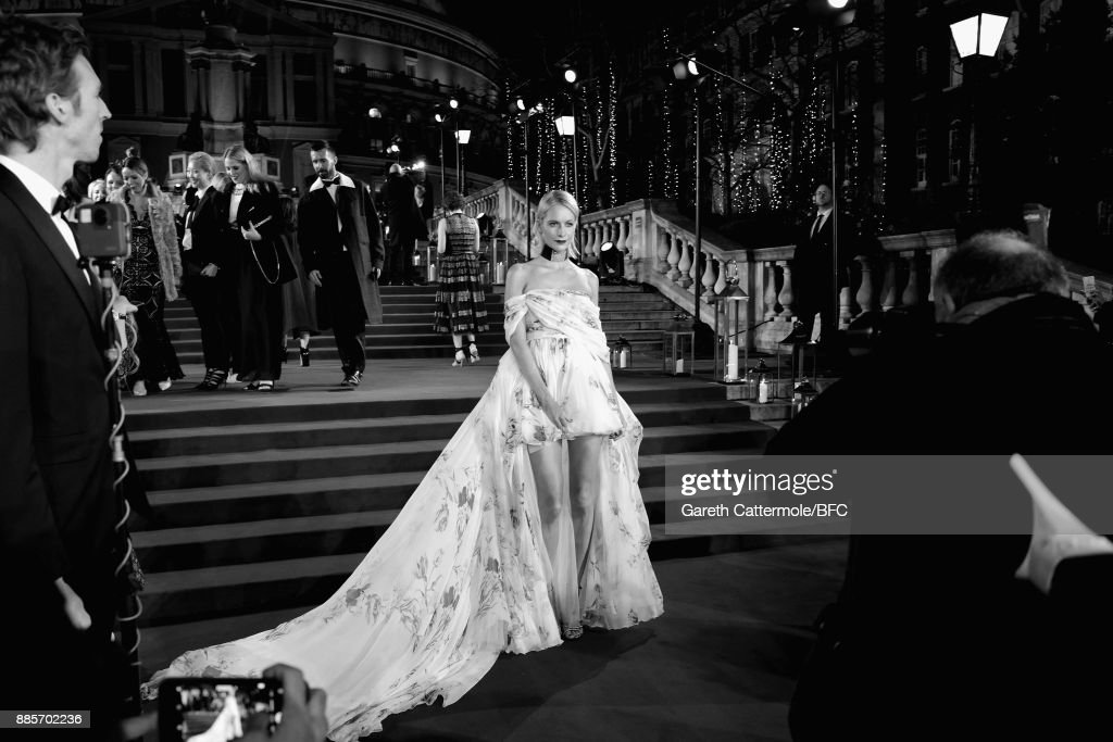 Poppy Delevingne attend The Fashion Awards 2017 in partnership with Swarovski at Royal Albert Hall on December 4, 2017 in London, England.